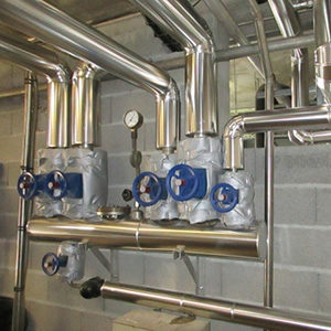 Calorifugeage-tuyauterie-et-matelas-isolant-vannes-1024x481